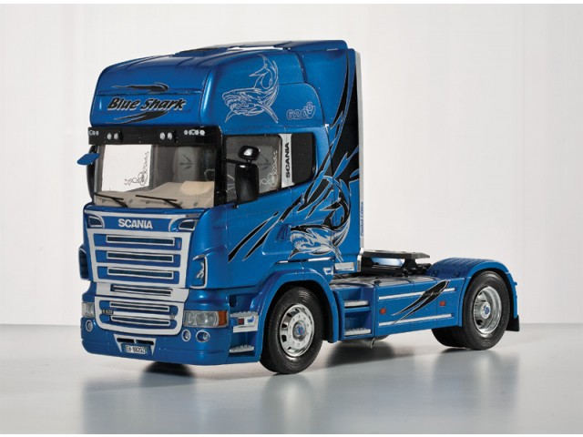 Scania R620 (Blue Shark)